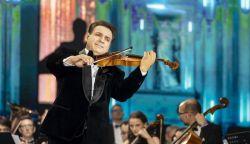KLIP: Akad, amit nemVIDEÓ: Mága Zoltán is az otthon maradásra bíztat gyógyít meg az idő sem - énekegyüttes szólaltatja meg Cserháti dalát