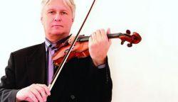 70 éves Szenthelyi Miklós hegedűművész