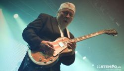70 éves Elefánt - Új maxival jelentkezik az Omega gitárosa (+a dalok)
