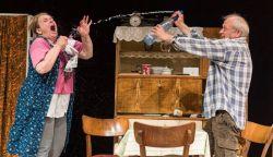 Molnár Xéniával és Mokos Attilával folytatódik a színházi évad Füleken