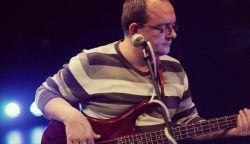 Elhunyt Andy Fujas, a Kor-Zár basszusgitárosa