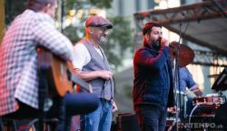 OTT VOLTUNK: Kitűnő Budapest Bár koncerttel indult a Csallóközi Vásár