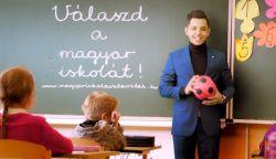 Ruszó Tibi is a magyar iskolaválasztást ajánlja