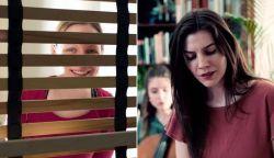 Kortárszene Jókai Ágival a nappaliból - folytatódik a Living Room koncertfilm (VIDEÓ)