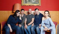 ÚJDONSÁG: Így dolgozta fel az Omega slágerét a For You acapella együttes - Petróleum lámpa