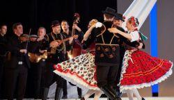 A táncos női test  - folytatódik az online sorozata  a Magyar Állami Népi Együttes táncosaival