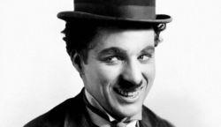 Nézzünk legendás filmeket Charlie Chaplintől a TV-ben