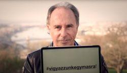 ÚJDONSÁG: A járványra reagálva új szöveggel dolgozták fel Varga Miklós slágerét – Európa 2020 (+SZÖVEG)