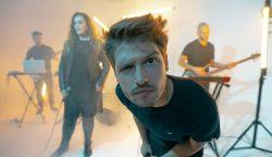 A felvidéki Kocska Ádám készítette a Das Funk legújabb klipjét - Műanyag sláger