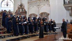 Hazatért a zene! - Mozart városában járt az ipolybalogi Szent Korona Kórus