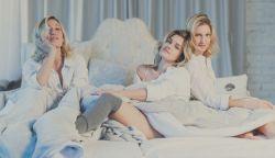 Három nővel egy ágyban - megjelent Szilárd, a Quimby zongoristájának új dala