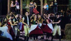 Több ezren, köztük sok Felvidéki is látta a Csíksomlyói passiót Esztergomban